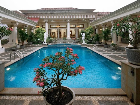 House Pool Design - by JakiroApps - Lifestyle Category - 21 Features ...