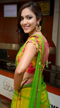 Indian Desi Girls Wallpapers Desi Wallpapers Hd By Trending