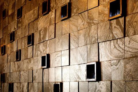 Wall Decorating Ideas - by ZaleBox - House & Home Category - 6,613 ...